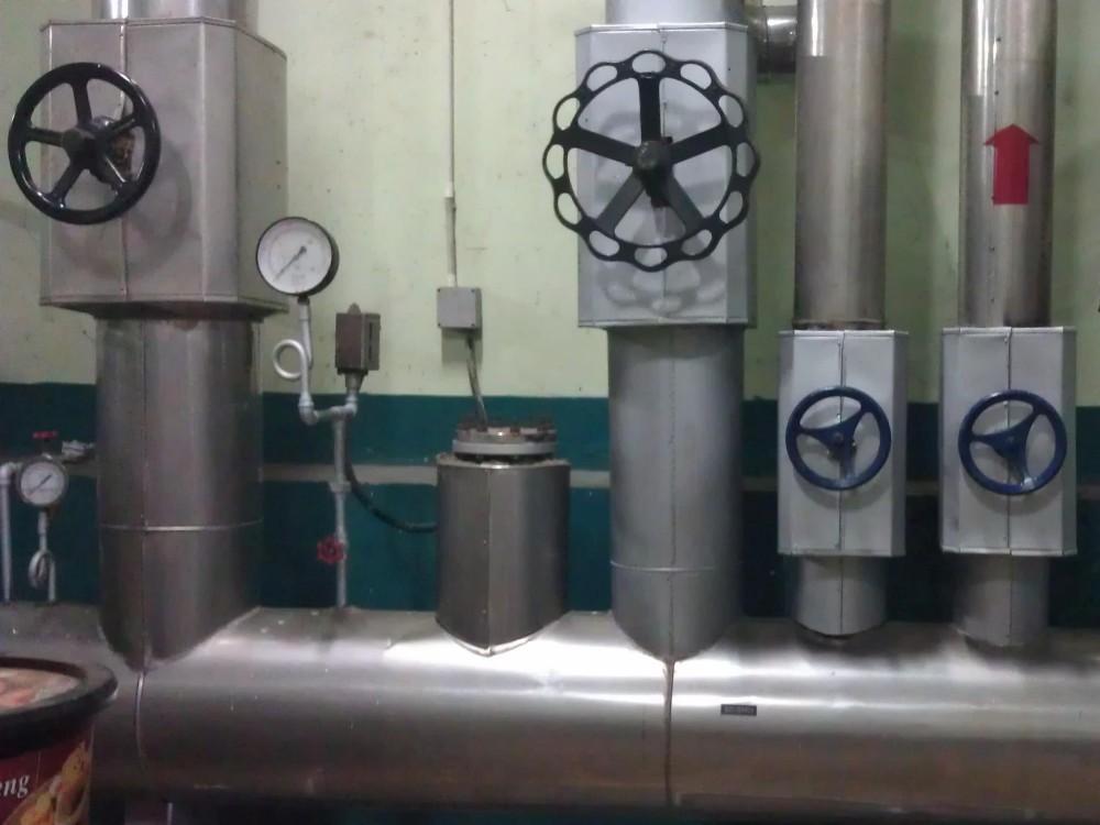 Manifold vers lequel converge la vapeur des différentes chaudières
