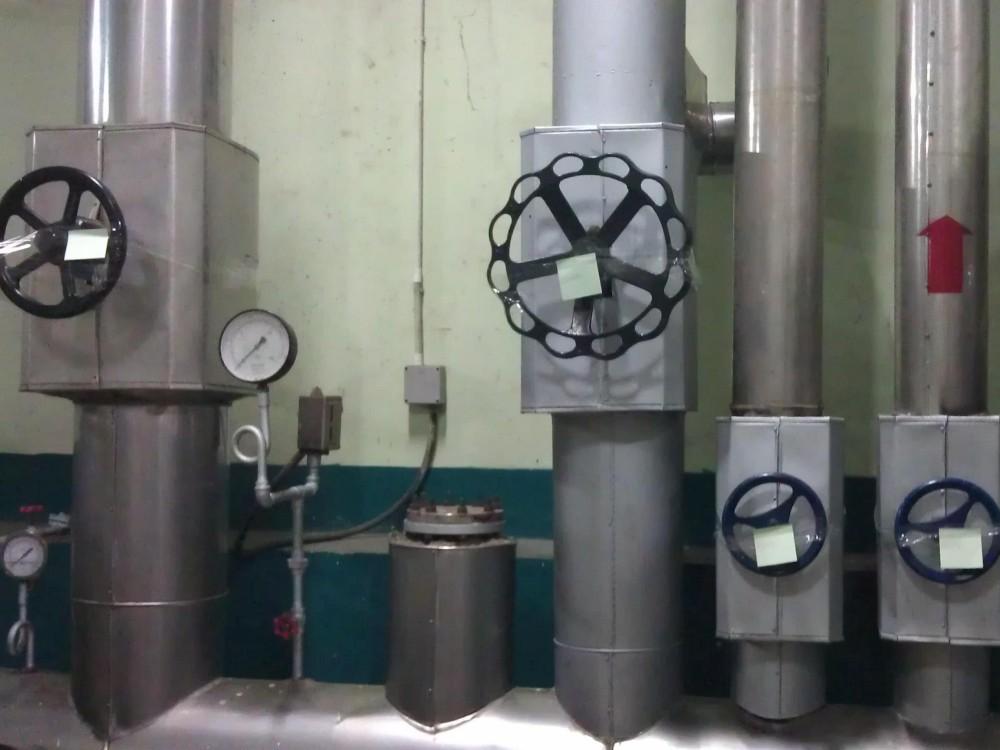 Le positionnement des vannes permet d'isoler la vapeur provenant de la chaudière Kacher